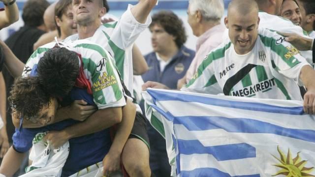 Schweizer testen 2010 zuerst gegen Uruguay