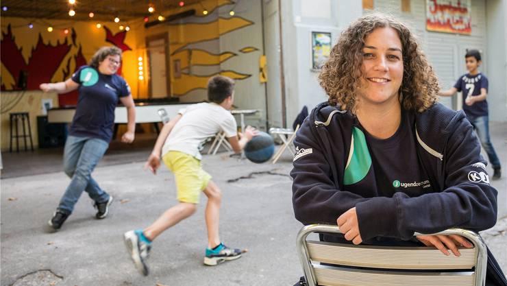 Das gefällt auch Claudia Kuonen, Co-Leiterin des Liestaler Jugendzentrums: Aktive Jugendliche, die sich in geordneten Bahnen bewegen.
