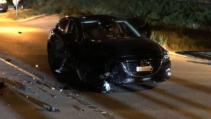 Das Fahrzeug der korrekt fahrenden Autolenkerin wurde beim Aufprall stark beschädigt.