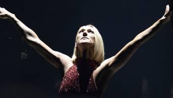 Eigentlich hätte Céline Dion bereits dieses Jahr in die Schweiz kommen wollen. Doch wegen der Covid 19-Pandemie müssen ihre Fans bis nächstes Jahr warten: Im Mai wird sie nun im Zürcher Hallenstadion erwartet und im Juli am Paléo Festival in Nyon. (Archivbild)