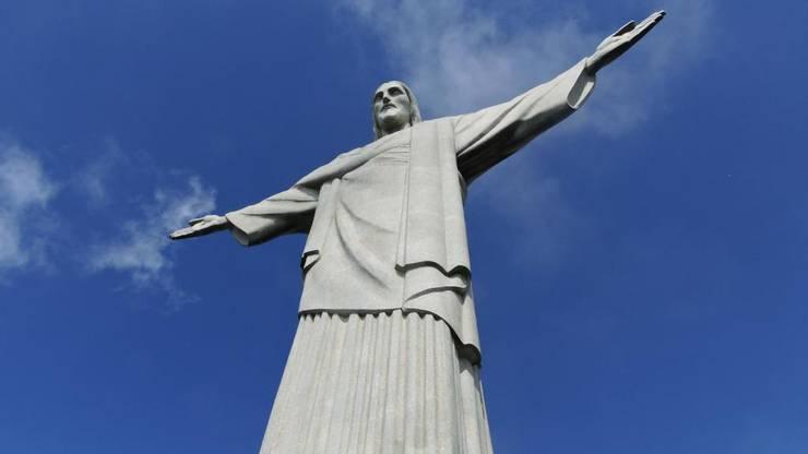 30 Meter hoch ist die Christusstatue oder auch Cristo Redentor.