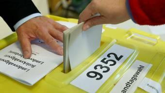 In Bayern hat die Landtagswahl begonnen - deren Ergebnis könnte auch Auswirkungen auf die deutsche Politik insgesamt haben.