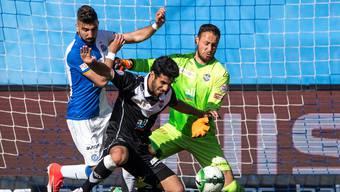 Seit zwei Monaten spielt Eray Cümart (Mitte) leihweise beim FC Lugano. Gemeinsam mit Mirco Salvi (rechts) – einem weiteren FCB-Leihspieler.