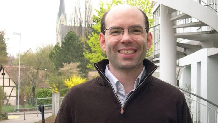 Der Binninger Urs-Peter Moos (parteilos) tritt zum 2. Wahlgang an.