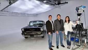Michael Schärer (links), Michael und Ruth Feuz in ihrem neuen Foto- und Filmstudio im Däniker Industriequartier.