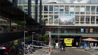 Die Bauprofile zeigen: Es wird eng, wenn alle Busse bei Spezialanlässen wie etwa Märkten auch noch durch die Blinddarm-Unterführung fahren.