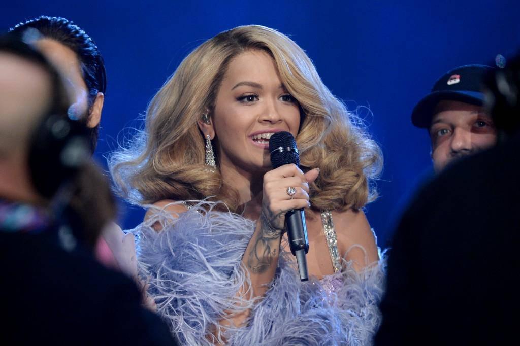 Sängerin Rita Ora moderierte die MTV Europe Music Awards. (© Getty Images)