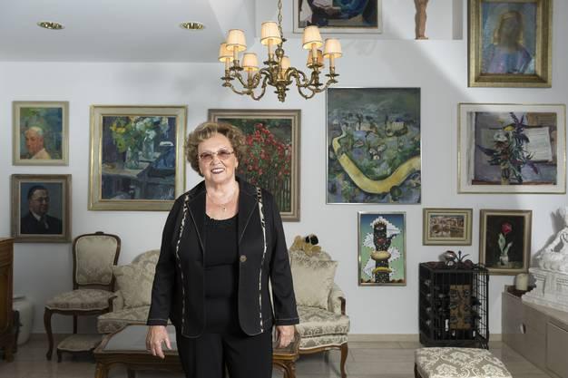 Die Wohnung von Maya Sax ist voll von Bildern grosser Maler