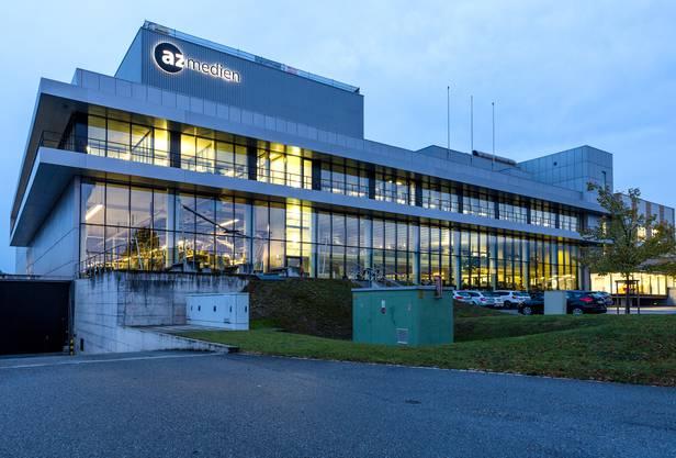 7.00 Uhr: Neuer Tag, neue Geschichten: Während die aktuelle Zeitung bereits im Briefkasten der Abonnenten ist, nimmt der az-Newsroom in der Telli Aarau Fahrt auf.