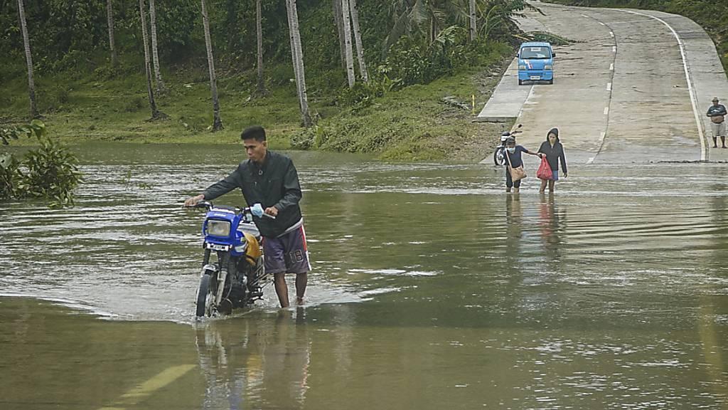 Mindestens sieben Tote durch Taifun «Surigae»