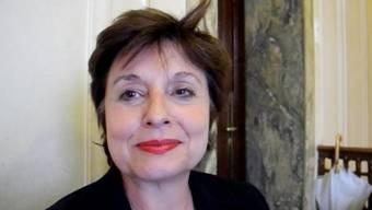 Anita Fetz zeigt der SP-Fraktion «ihr» Basel