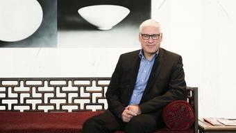 Novartis brauche freien Zugang zum internationalen Arbeitsmarkt, sagt Personalchef Thomas Bösch.