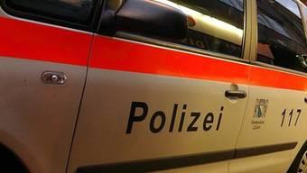 Die Stadtpolizei Zürich konnte kurz nach dem Überfall vier junge Männer verhaften. (Symbolbild)