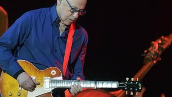 Der britische Gitarrist Mark Knopfler feiert am 12. August 2019 den 70. Geburtstag. (Archiv)