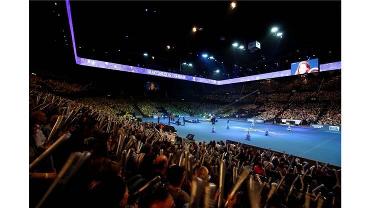 Super10Kampf der Schweizer Sporthilfe im vollen Hallenstadion in Zürich.
