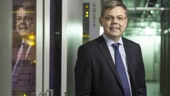 Auf seiner Mission gegen den Überwachungsstaat weicht Franz Grüter von der SVP-Parteilinie ab.