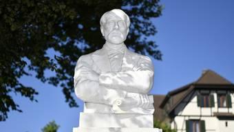 Das Mazzini- Denkmal an der Kirchstrasse.