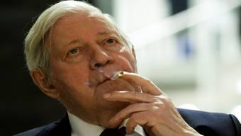 War Helmut Schmidt mehr als ein Mitläufer des Nazi-Regimes? MARKUS SCHREIBER/keystone