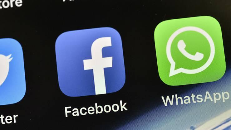 Hacker haben gleich mehrere Social-Media-Plattformen lahmgelegt, darunter Facebook. (Archivbild)