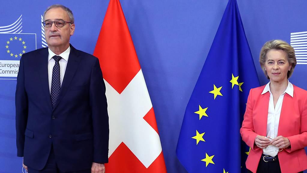 Bundespräsident Guy Parmelin und EU-Kommissionspräsidentin Ursula von der Leyen haben sich am Freitag in Brüssel getroffen. Wie gut die Gespräche verlaufen sind, ist zurzeit unklar.