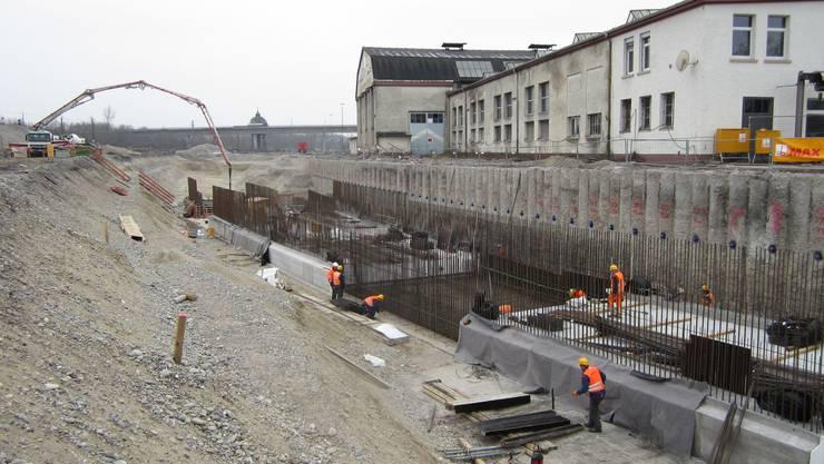 Bei Weil-Haltingen, nur wenige Kilometer von Basel entfernt, wird schon gebaut. Weiter nördlich sieht das anders aus.