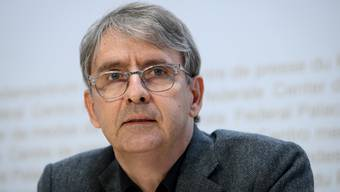 Kantonsarzt Thomas Steffen an einer Pressekonferenz des Bundes zur Coronasituation.
