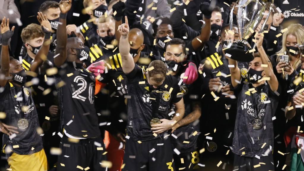 Die Spieler von Columbus Crew feiern den Finalsieg über Seattle