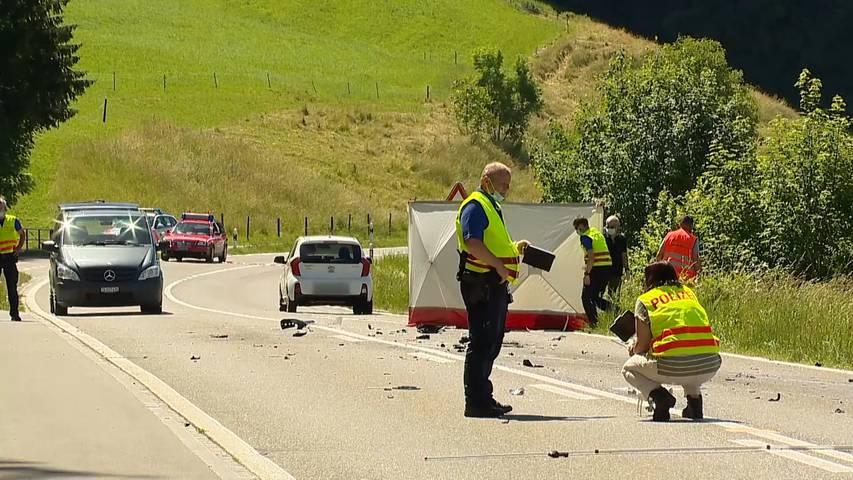 Kradolf (TG): 22-jähriger Töfffahrer stirbt bei  Überholmanöver