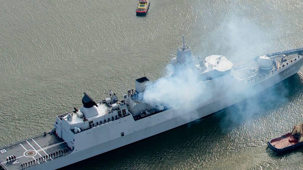Niederlande: Russische Jets fliegen «Scheinangriffe» gegen Schiff