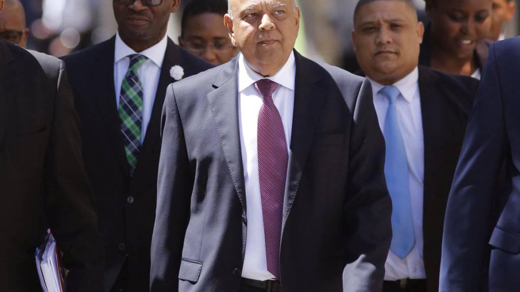 Muss abtreten: Südafrikas Finanzminister Pravin Gordhan. (Archivbild)