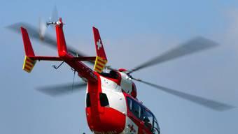 Der Verletzte wurde mit der Rega ins Spital geflogen (Archiv)