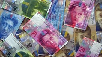 Schweizer Banknoten. - Foto: Walter Christen
