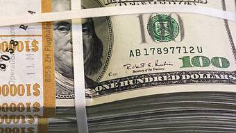 Der Dollar befindet sich im freien Fall - und ein Ende ist der Talfahrt ist nicht absehbar.