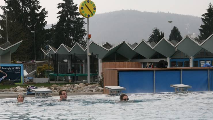 Bonjour Tristesse: Wegen Regen und kühlen Temperaturen (hier im Regibad Zurzach) bleiben die Besucher aus. Mehlin