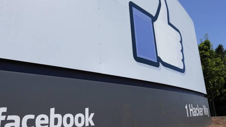 Angesichts der starken Kritik an Facebooks geplanter Digitalwährung Libra überdenken einige grosse Partner ihre Beteiligung an dem Projekt. (Archivbild)