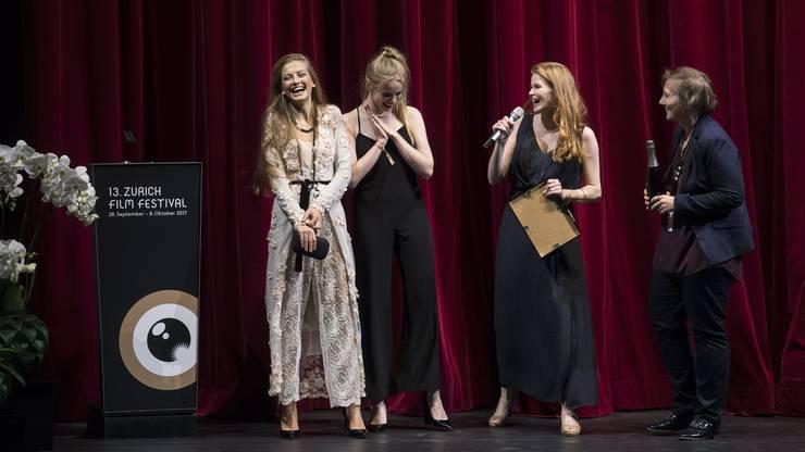 «Blue my Mind» fliegen die Herzen der Kritiker und Festivaljurys, wie hier am Zurich Film Festival, zu. Er ist ohne Zweifel der Schweizer Film der Stunde.