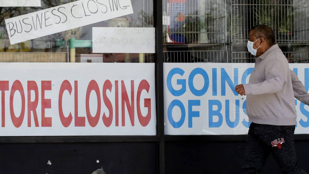 US-Konsumausgaben brechen ein wie nie zuvor - Sparquote steigt