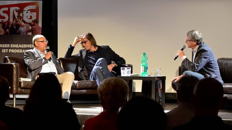 Beni Thurnheer und Pedro Lenz im Gespräch mit Peter Moor-Trevisan, Präsident SRG AG SO.