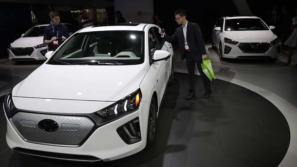 Der Autobauer Hyundai investiert weiter in die E-Mobilität. Die Südkoreaner gehen eine Partnerschaft mit dem britischen E-Lieferwagen-Hersteller Arrival ein.(Archivbild)