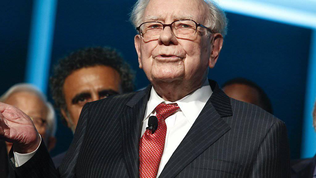 US-Staranleger Warren Buffett brennt auf grosse Firmenzukäufe. (Archivbild)
