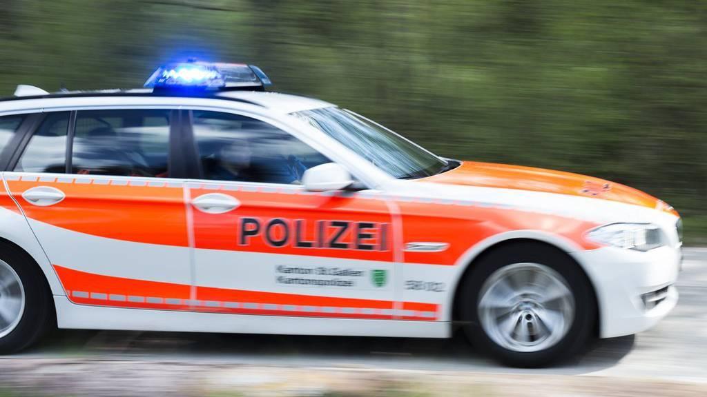 Zwischen St.Margrethen und St.Gallen staut es nach einem Unfall wegen Glatteis (Symbolbild)