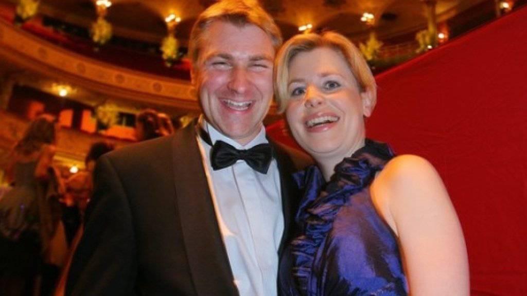 Toni Brunner und seine Lebenspartnerin Esther Friedli sind seit 19 Jahren glücklich miteinander - dabei wollte sie ursprünglich gar keinen Bauern. (Archiv)