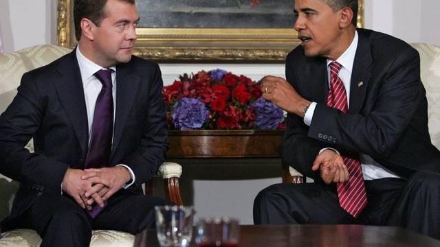 Barack Obama (r) und Dmitri Medwedew hatten den zivilgesellschaftlichen Dialog USA-Russland lanciert (Archiv)