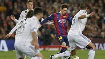 Barcelona demütigte Real Madrid im Hinspiel.