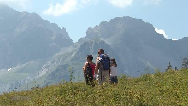 Sicher Bergwandern: Auf welche Gefahren geachtet werden sollte