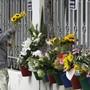 Blumen für die Opfer des Attentats.