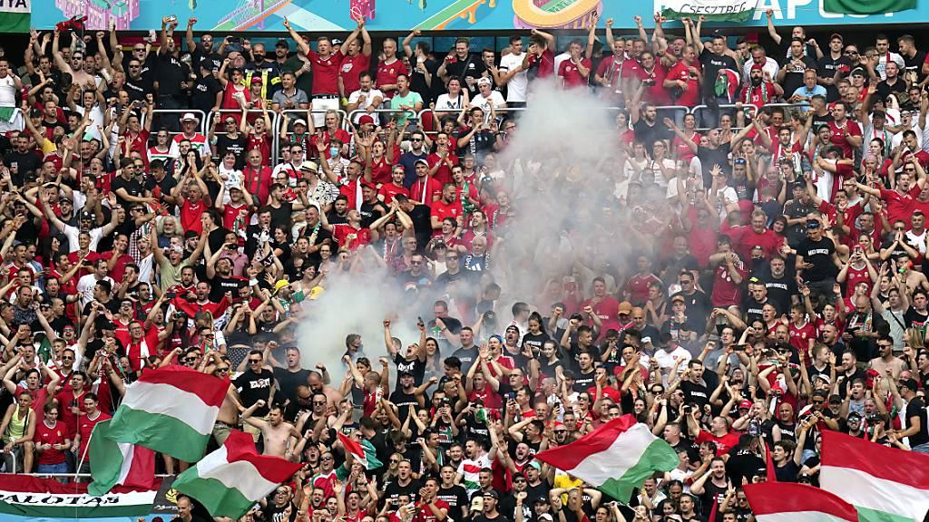 Ungarn bejubelt im vollen Puskas-Stadion das 1:1 gegen Weltmeister Frankreich