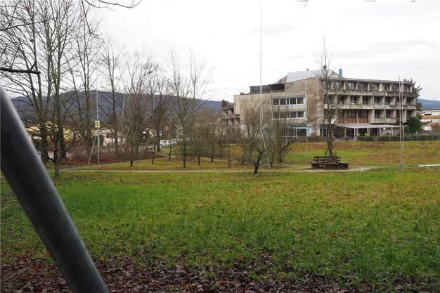 In Dulliken wird das Projekt eines Neubaus mit 24 Wohnungen für Betreutes Wohnen im Alter (BIA) neben dem Altersheim Brüggli vorgestellt. Gesamtkosten: 16,4 Mio. Franken.