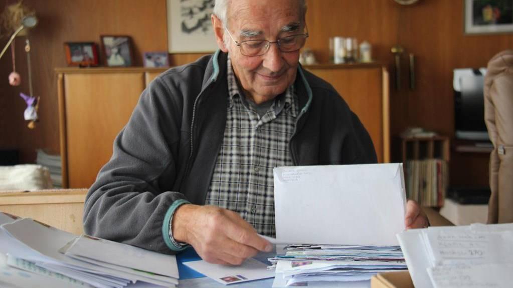 Bereits 100 Briefe hat Willi Würzer dieses Jahr erhalten