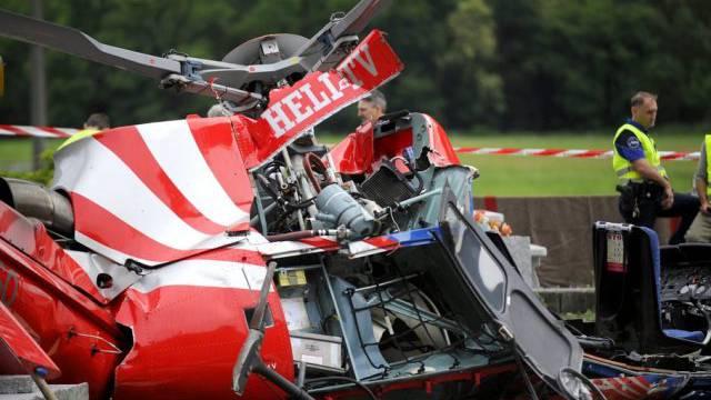 Überreste des Helikopters: Vier Tote im Tessin